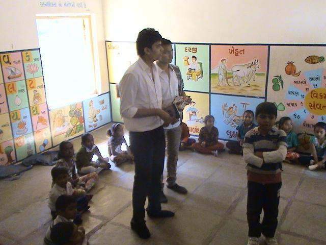 Charity-at-Municipal-school