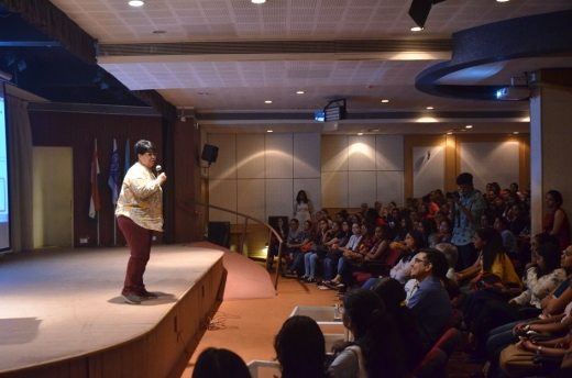 Dr.-Darshana-Thakkar-Guest-Speaker-A-Two-days-seminar-on-Women-Empowerment-under-Collegiate-Women-Development-Committee
